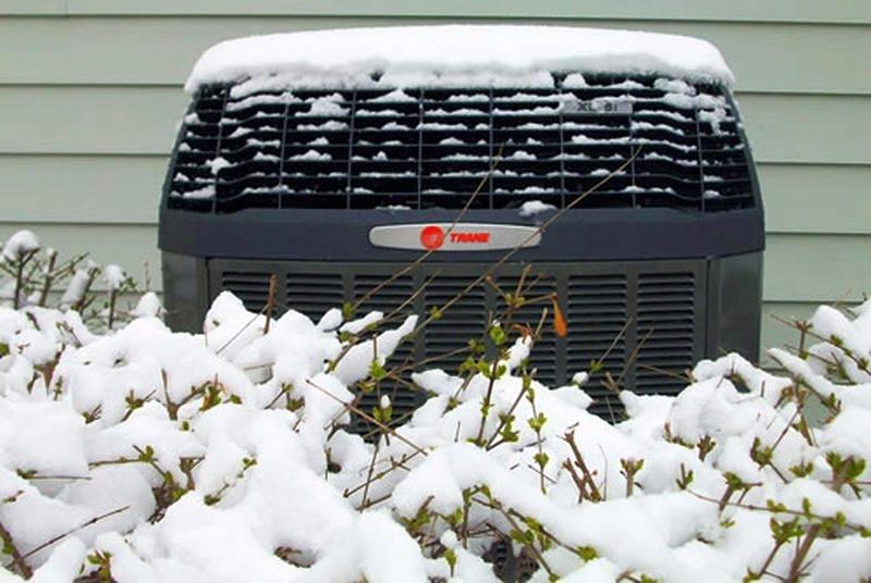 При какой температуре можно включать кондиционер на обогрев зимой