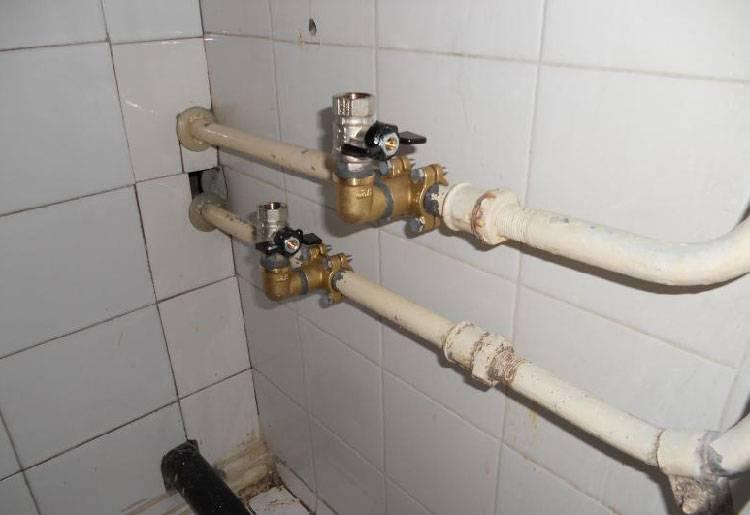 Врезка в водопровод под давлением своими руками: 7 способов + видео инструкция