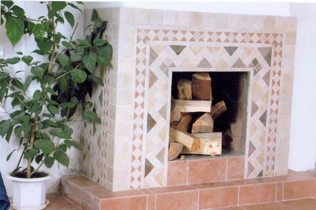 Облицовка печей и каминов керамической плиткой