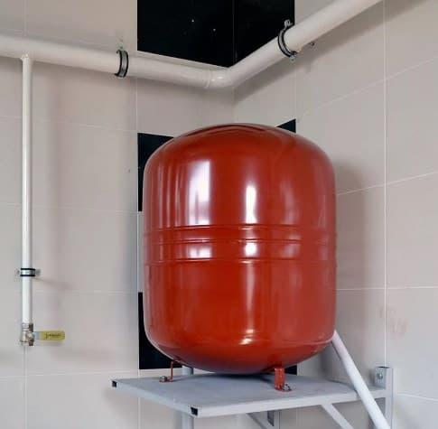 Расширительный бак для водоснабжения — выбор, установка