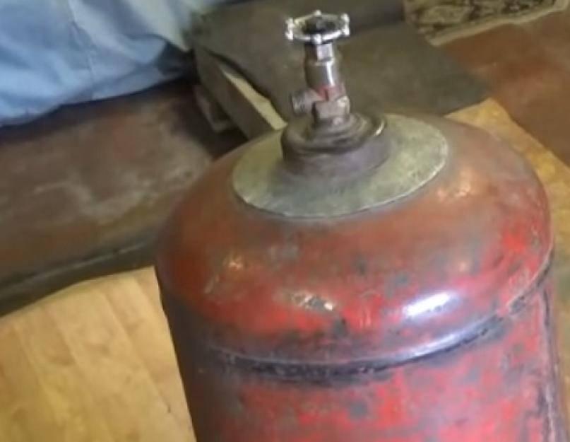 Как безопасно распилить газовый баллон болгаркой: кислородный для мангала