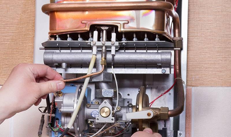 Почему не зажигается газовая колонка: неисправности, ремонт своими руками
