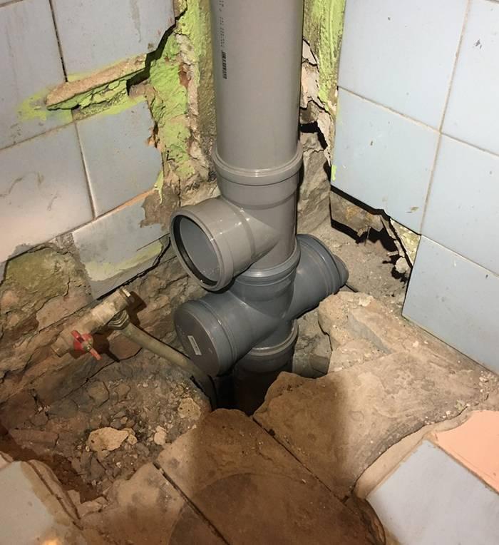 Замена труб в ванной и туалете своими руками: виды труб