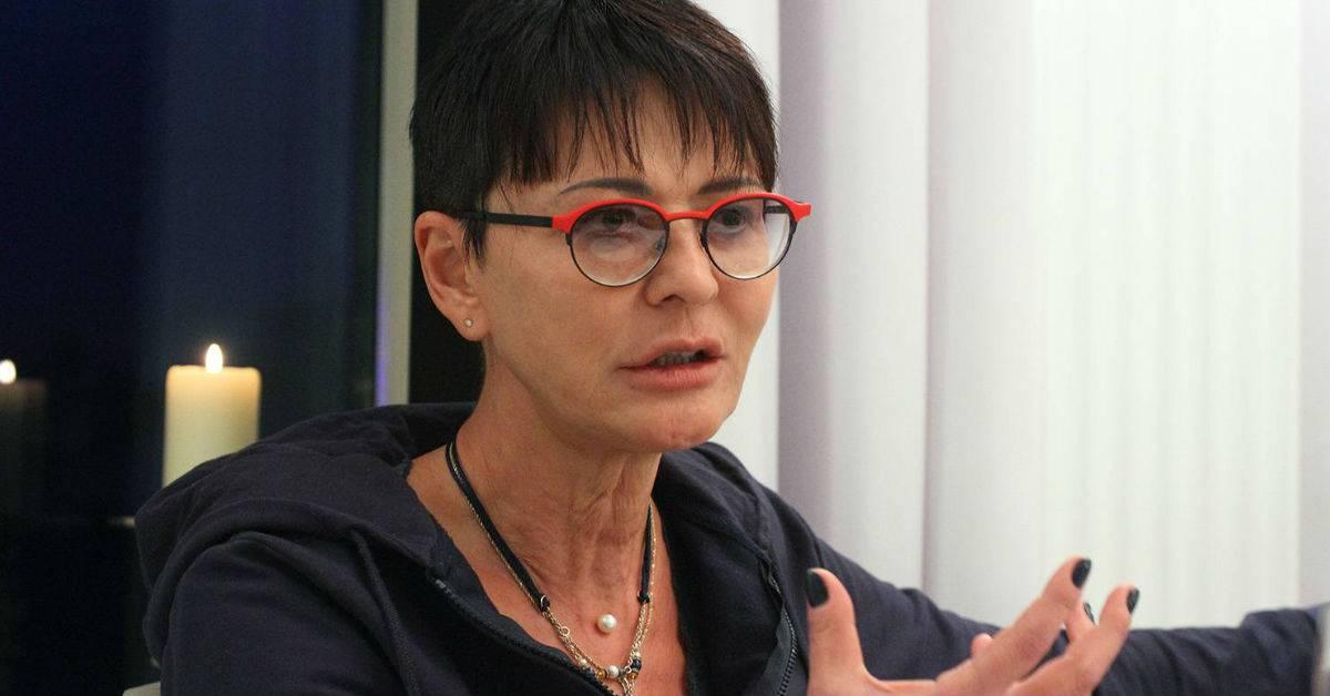 Ирина хакамада - биография, новости, личная жизнь, фото, видео - stuki-druki.com