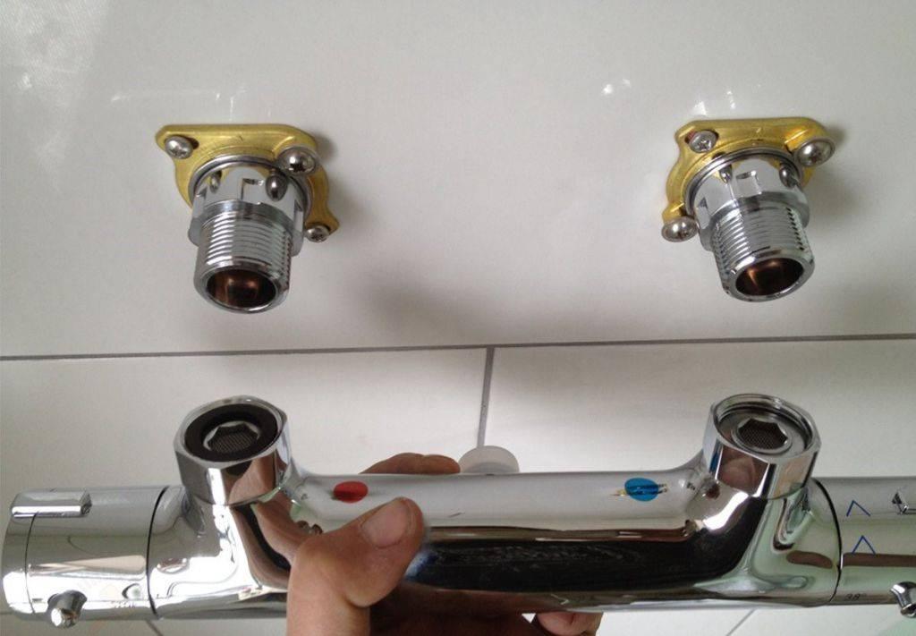 Как поменять смеситель в ванной.