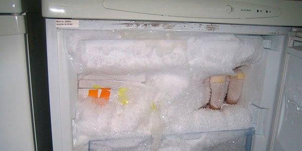 Как быстро и правильно разморозить холодильник: инструкция