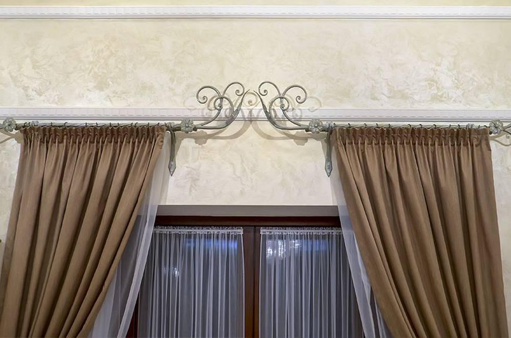 Характеристика скрытого карниза в натяжном потолке