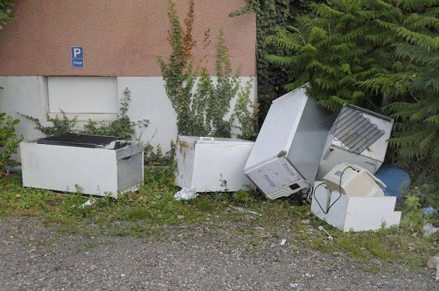Утилизация холодильников: как сдать бесплатно старую технику в москве и других городах