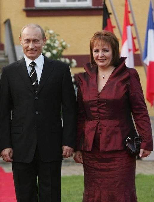 Людмила путина: «моего мужа давно нет в живых». слухи о подмене президента | adrin