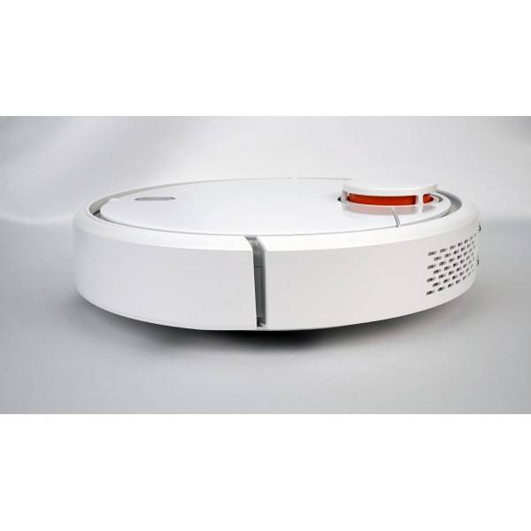 Робот-пылесос xiaomi mi robot vacuum cleaner & xiaomi robostock sweep one