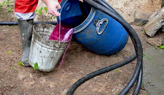 Дачный быт: как дезинфицировать воду из колодца