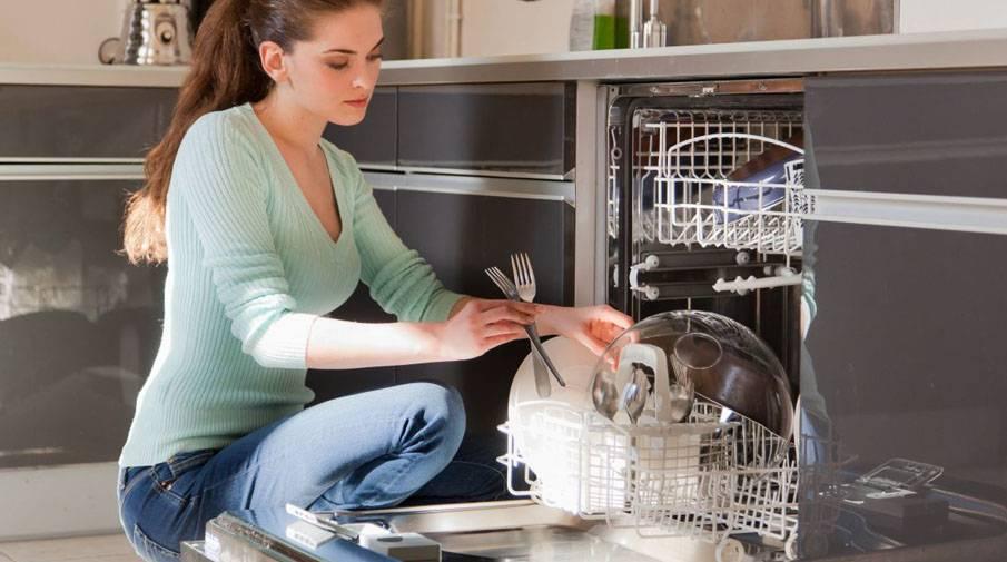 Ополаскиватель для посудомоечной машины: для чего нужен, куда и сколько заливать, лучшие средства