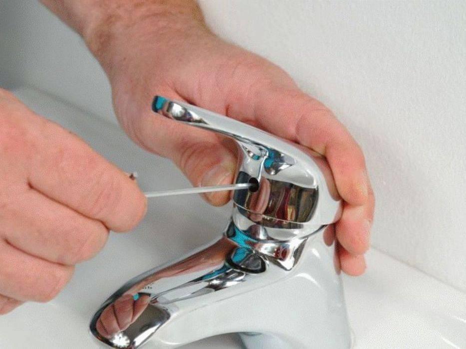 Как поменять смеситель в ванной своими руками — пошаговое видео и фото