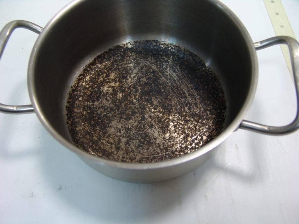 Подгорела алюминиевая кастрюля: как очистить в домашних условиях