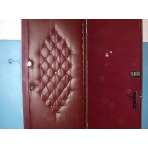 Чем утеплить старую деревянную дверь? - папа карло