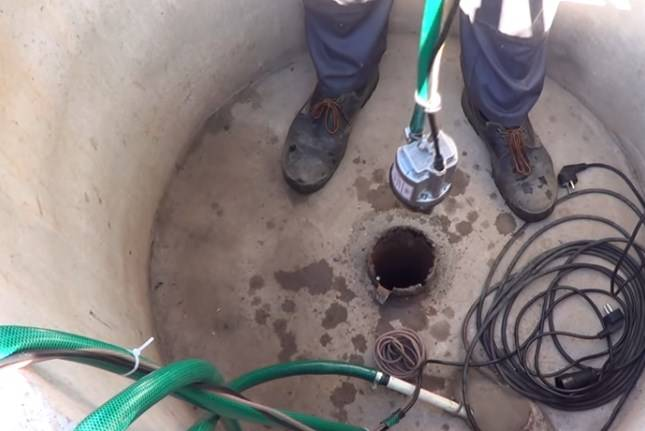 Как почистить скважину: очистка от ила и песка, как чистить, очистить скважину своими руками, продувка, прочистка, если заилилась, промывка, как промыть от песка