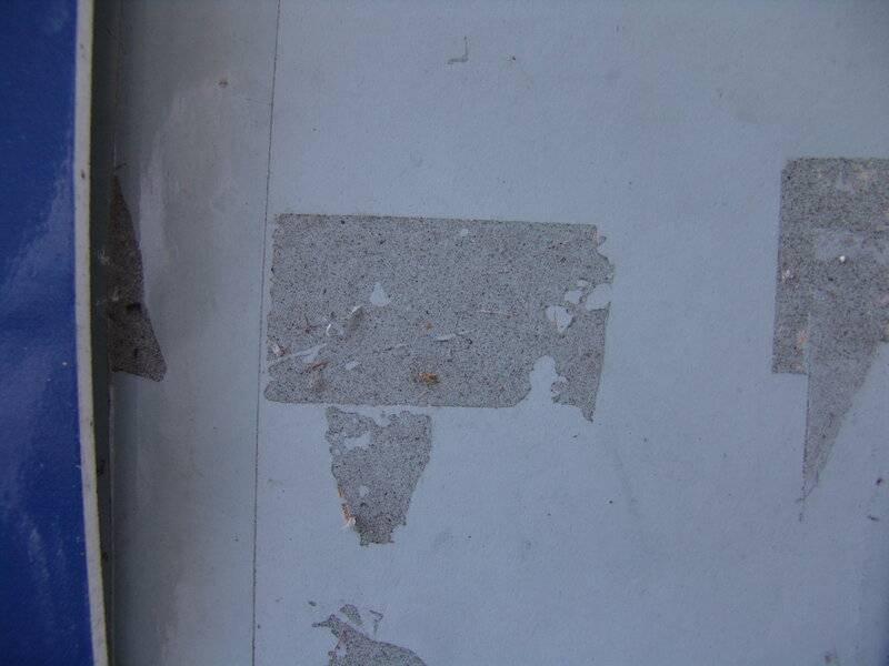 Как убрать следы от скотча с пластика, чем удалить остатки двухстороннего (двойного), чем можно и нельзя удалять пятна клея?