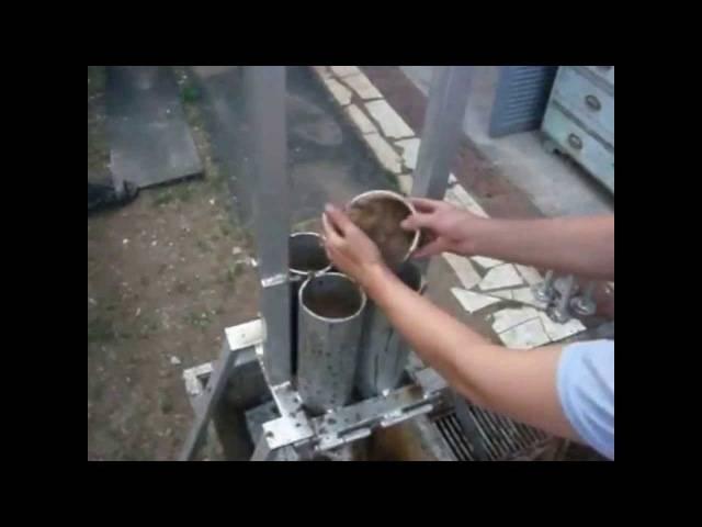 Брикеты из опилок своими руками: пресс, видео производства   строительство. деревянные и др. материалы