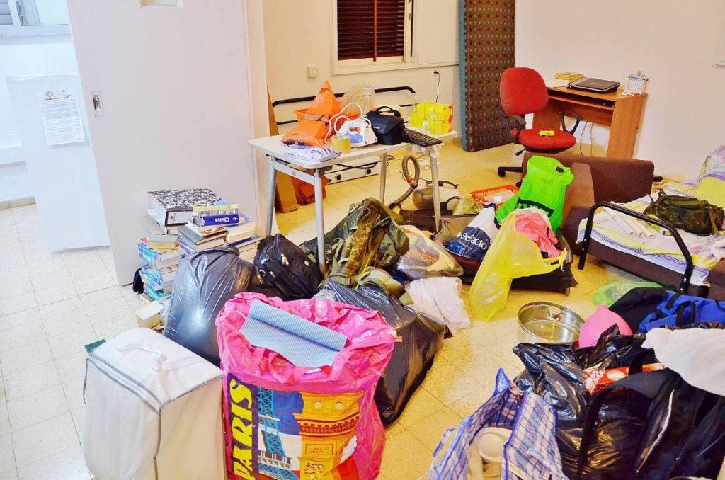 С чего начать уборку квартиры, если все запущено
