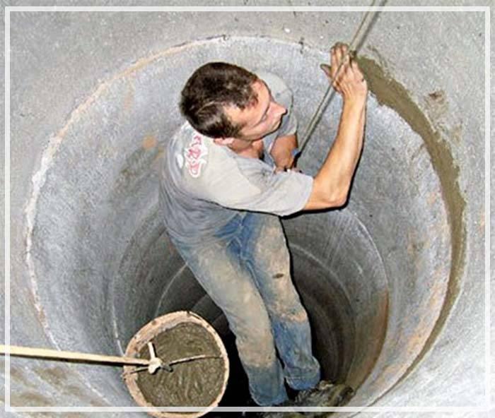 Как и чем заделать щели между кольцами в колодце - учебник сантехника | partner-tomsk.ru