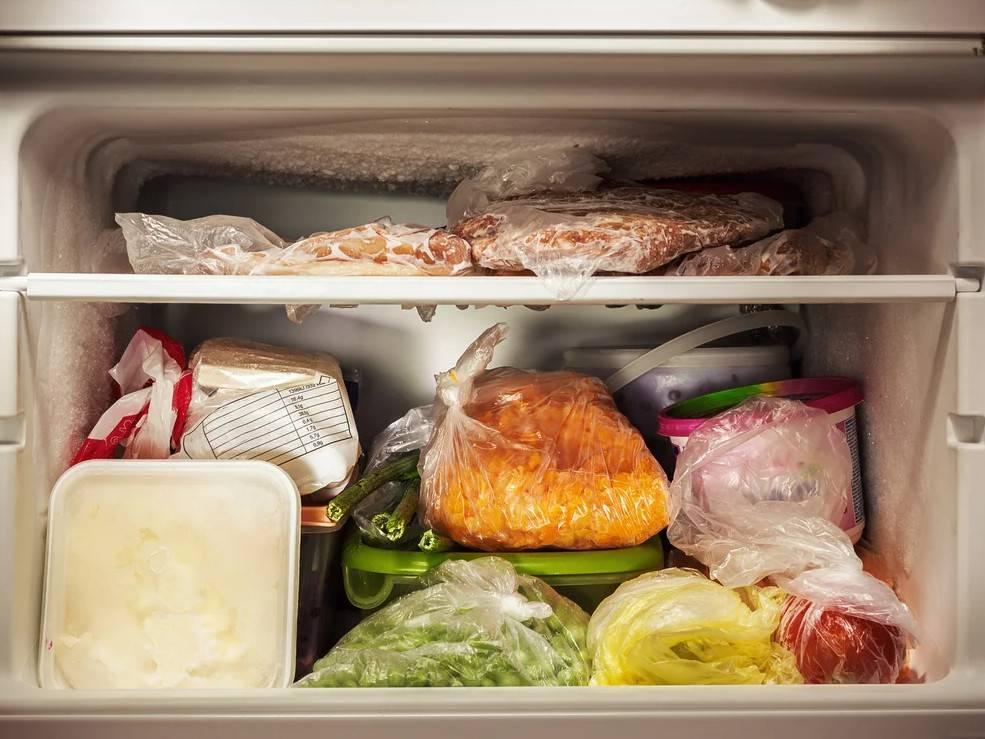 10 продуктов, которые все напрасно хранят в холодильнике — им там не место