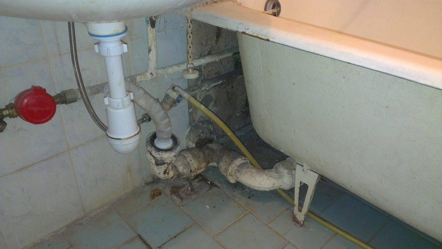 Почему пахнет канализацией в ванной комнате и туалете частного дома причины возникновения неприятных запахов, способы их устранения