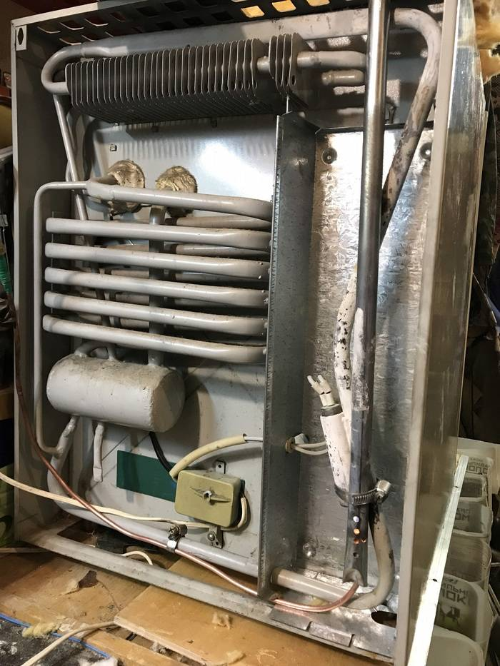 Своими руками: установка встраиваемого холодильника своими руками, как сделать самому, ремонт и строительство