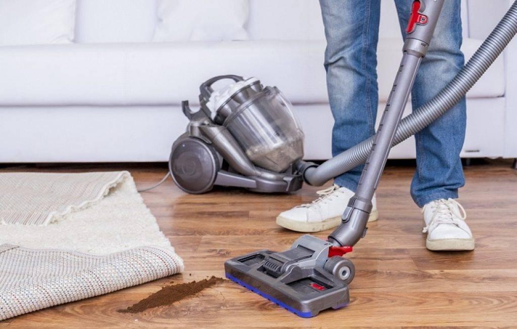 Уборка пола в квартире: полное руководство по важной части уборки