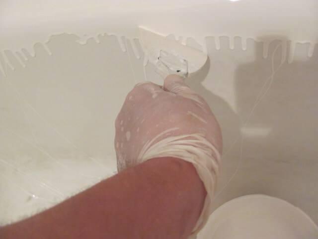Как производится покраска чугунной ванны: распространенные средства и технологии