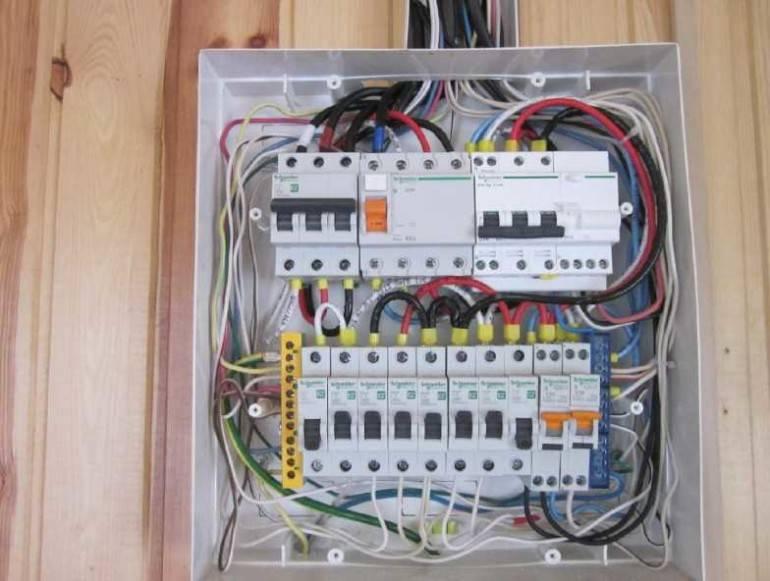 Схема щита электрического на заказ. составить самостоятельно.