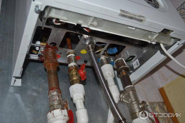 Что делать, если течет котел отопления: причины неполадки и способы ее быстрого устранения