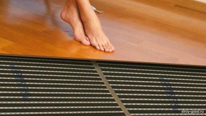 Положить ковер на теплый пол или согреться за счет правильного материала?