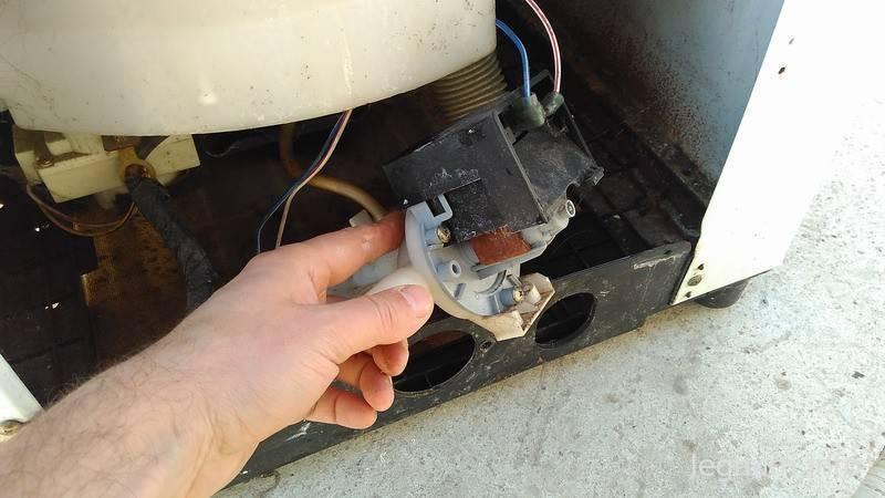 Как подобрать и произвести замену насоса для стиральной машины