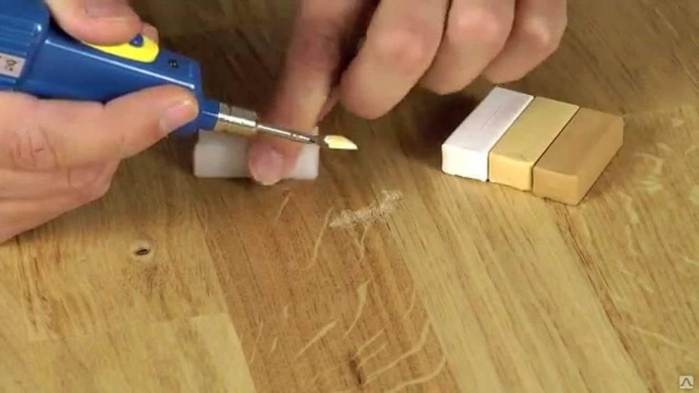 Чем убрать царапины на мебели в домашних условиях?