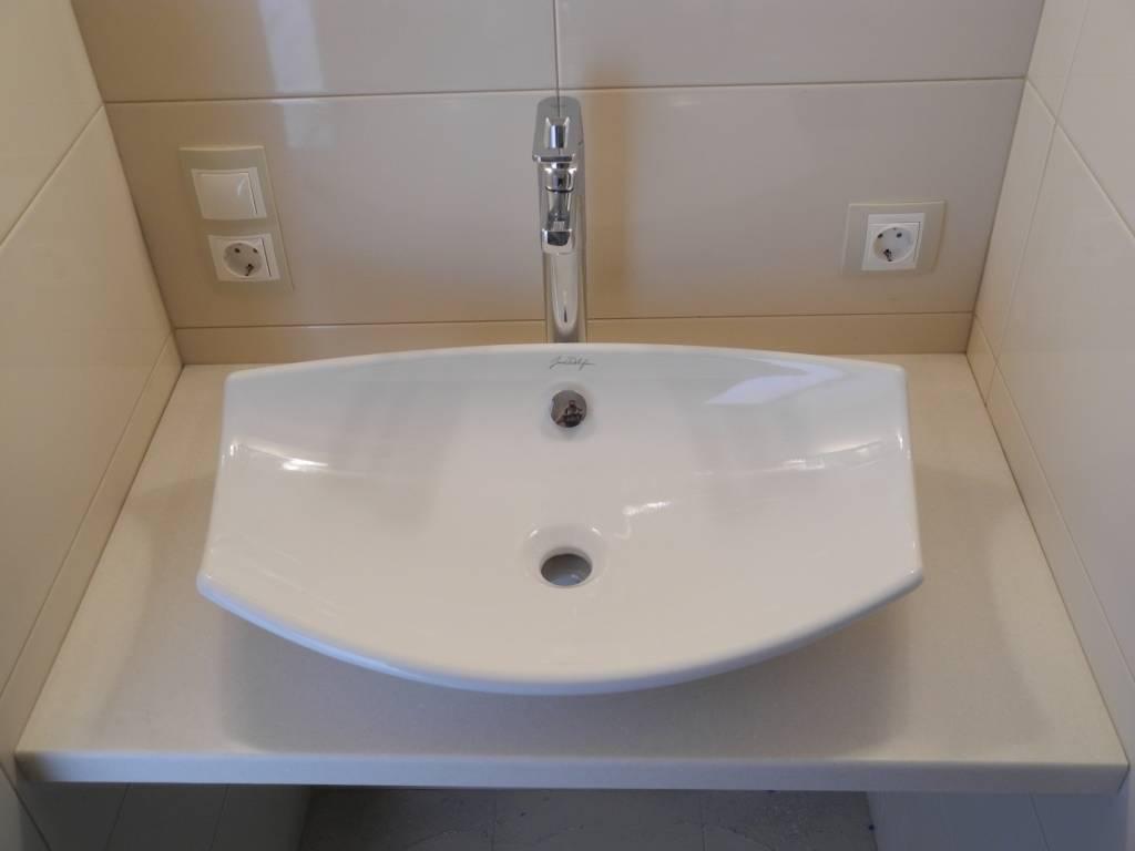 Как встроить раковину в столешницу в ванной своими руками (фото + видео)