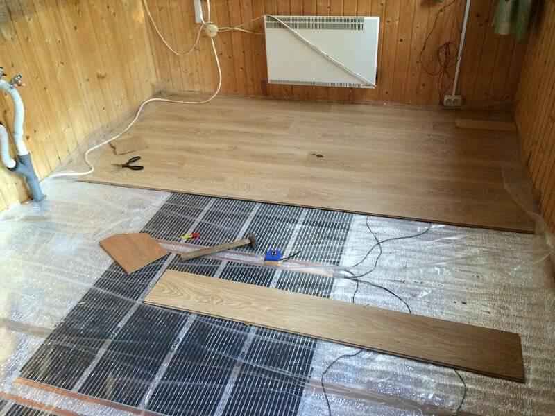 Плёночный тёплый пол под ламинат инструкция монтажа: монтаж нагревательных панелей