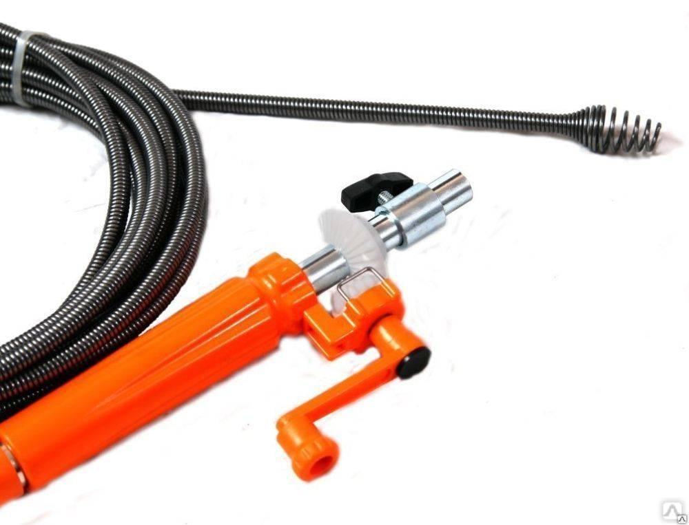 Сантехнический трос для прочищения канализации и труб: понятие, виды, насадки +фото
