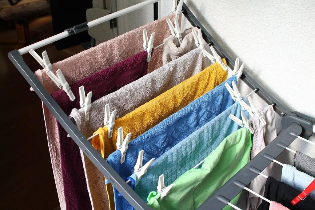 Почему нельзя сушить постиранное бельё в квартире