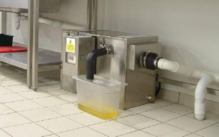 Жироулавливатель под мойку, для канализации и вытяжки: зачем нужен, плюсы и минусы