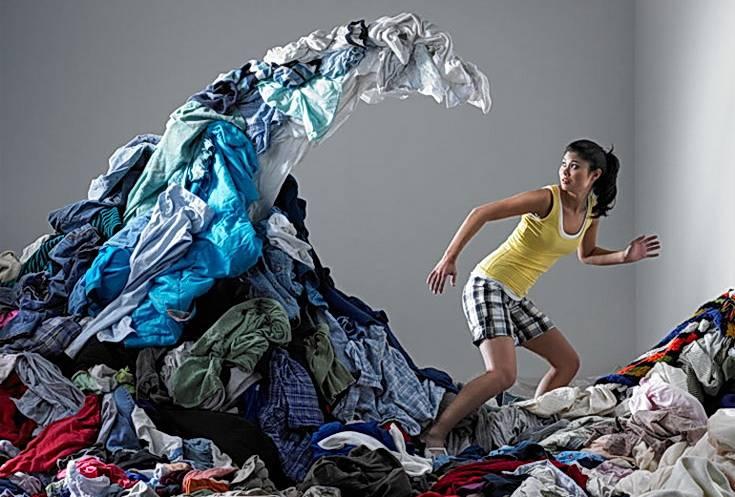 Весенняя уборка: как правильно выбросить старые вещи | houzz россия