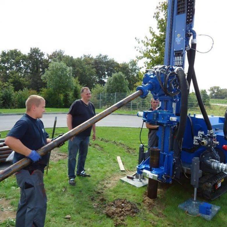 Домашнему мастеру: как найти воду для скважины на участке