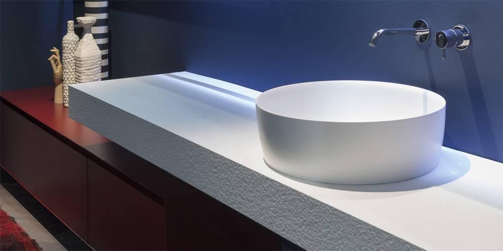 Накладная раковина в ванную: фото, плюсы и минусы, обзор