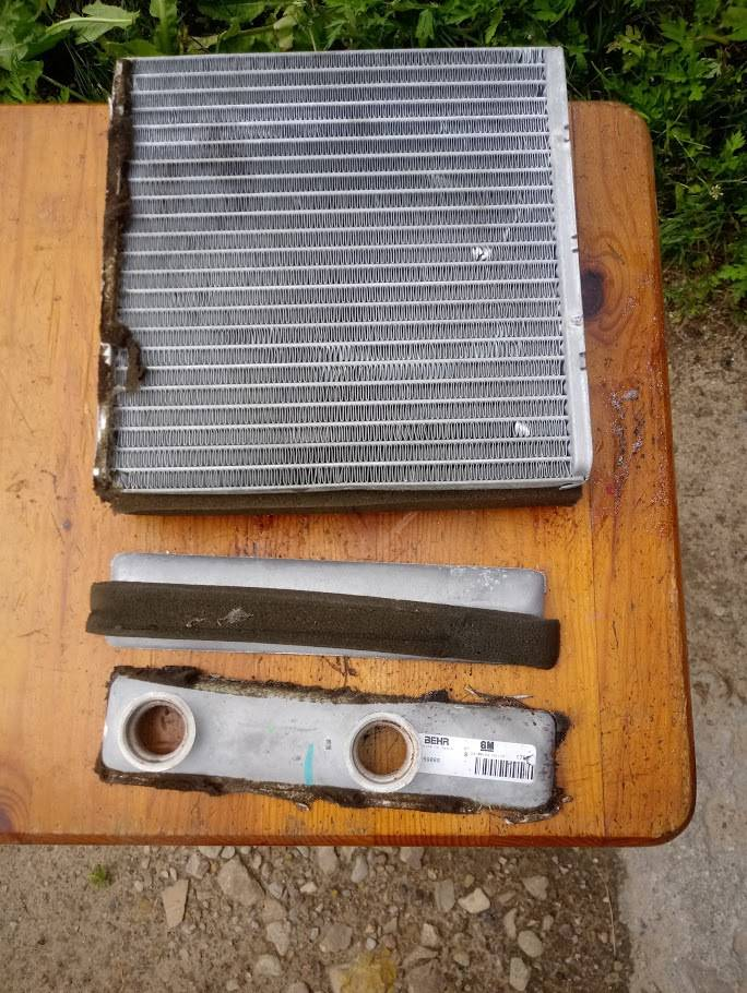 Установка радиаторов отопления в квартире своими руками: нормы, снипы и схемы