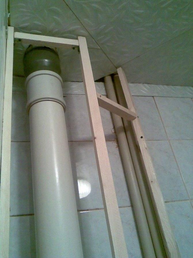 Короб из гипсокартона для труб в туалете под плитку