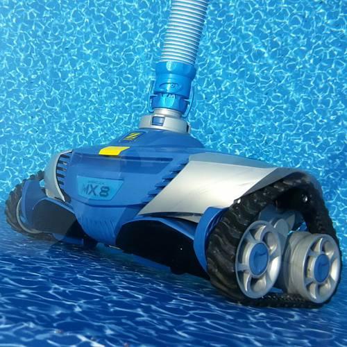 Лучшие пылесосы для бассейна: виды, рейтинг бюджетных моделей роботов 2021 года