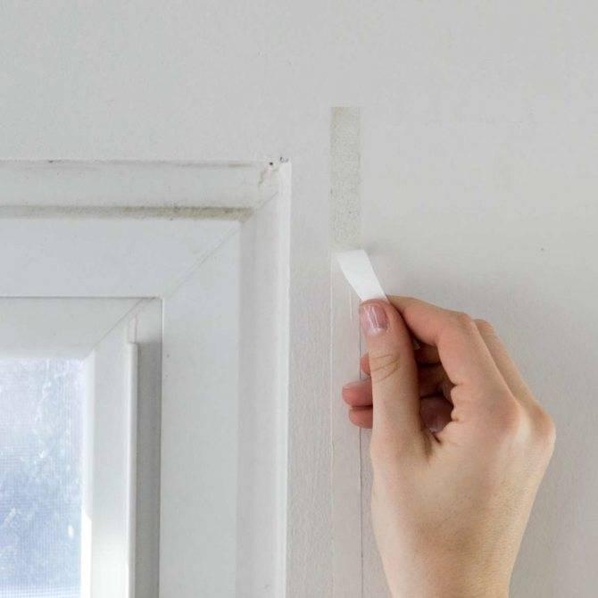 Как убрать скотч со стекла, снять остатки без царапин, чем удалить пятна от двухсторонней клейкой ленты?
