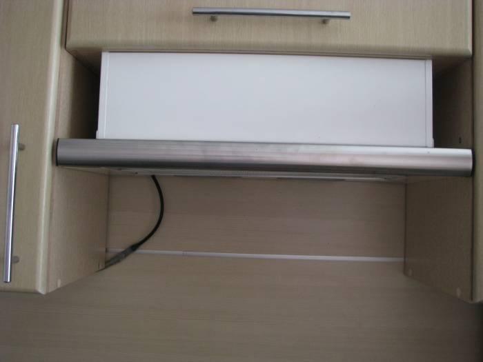 Установка вытяжки над плитой: пошаговая инструкция по монтажу, советы и правила