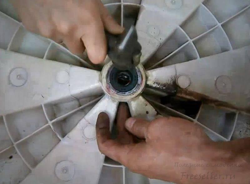 Замена подшипника стиральной машины candy: инструкция, как поменять изношенные детали стиралки канди своими руками