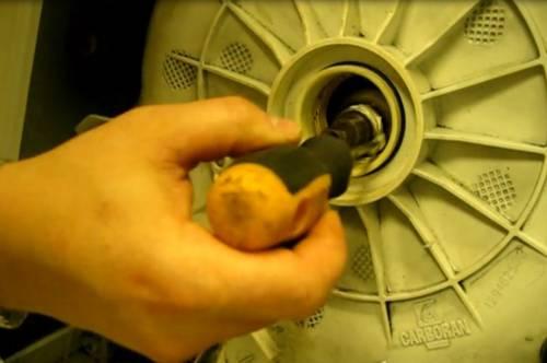 Замена подшипника в стиральной машине самсунг (samsung): как снять и поменять своими руками, сколько стоит ремонт у мастера?