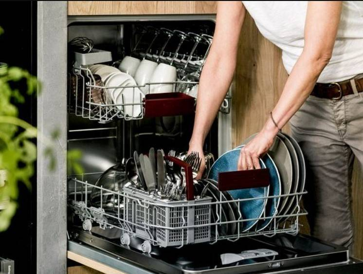 Как выбрать встраиваемую посудомоечную машину для дома